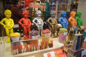 Mannekin Pis copies in a Chocolate Shop